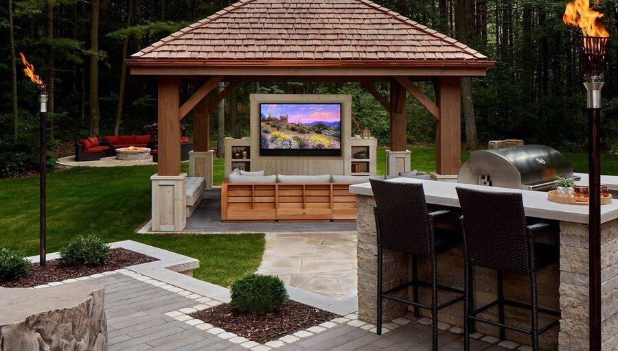 Outdoor TVs from Séura & Samsung Upgrade Your Backyard Entertainment