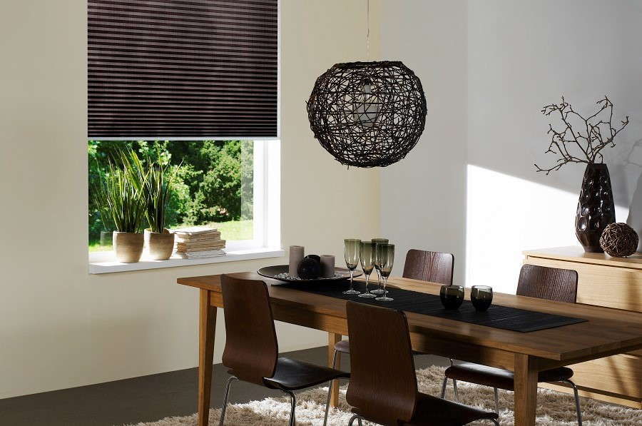 What Are the Stylistic Benefits of Motorized Shades?